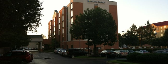 Hyatt Place Memphis/Primacy Parkway is one of Tempat yang Disukai R.