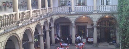 Итальянский дворик is one of Львов.