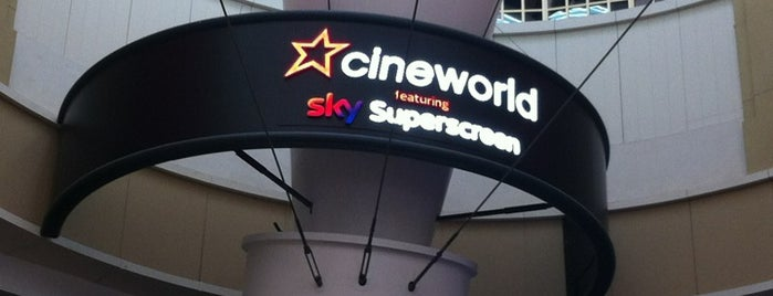 Cineworld is one of Tempat yang Disukai Tania.