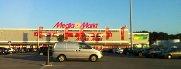 Media Markt is one of Pedro 님이 좋아한 장소.