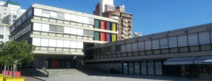 Centro Cultural Bernardino Rivadavia is one of fungitron.
