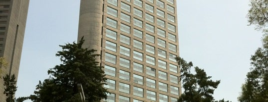 Hyatt Regency Mexico City is one of Tempat yang Disukai Manu.