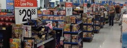 Walmart is one of Cindy'in Beğendiği Mekanlar.