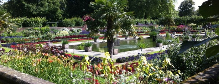 Kensington Gardens is one of London <3.