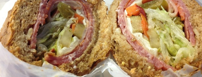 Potbelly Sandwich Shop is one of Midtown Lunch.