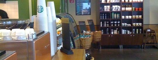 Starbucks is one of Michael : понравившиеся места.