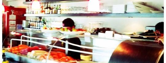 Tsuyoi Sushi Bar is one of Lugares guardados de Erika.