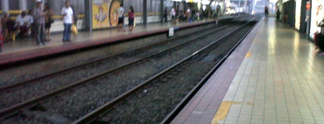 LRT1 - Carriedo Station is one of Posti che sono piaciuti a See Lok.