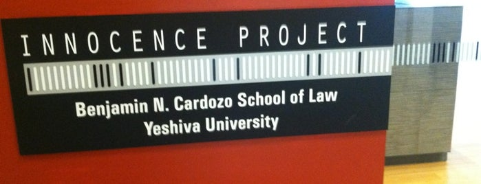 The Innocence Project is one of Lugares favoritos de Emily.