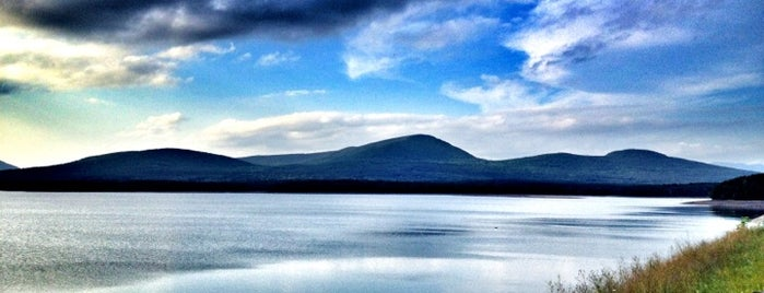Ashokan Reservoir is one of Tri-State Adventures.