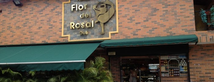 Panaderia Flor del Rosal is one of Jimmyさんのお気に入りスポット.