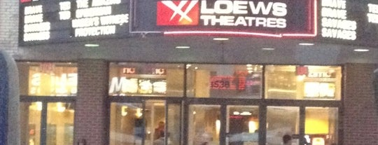 AMC Loews Orpheum 7 is one of Cindy 님이 좋아한 장소.
