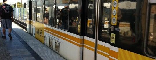 Metro Rail - Del Amo Station (A) is one of Posti che sono piaciuti a Dan.