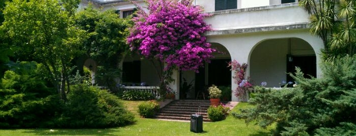 Hotel Villa Victoria de Tigre is one of Restaurants.