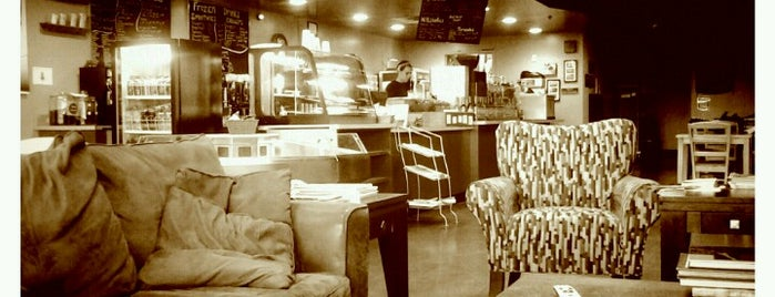 Coffee Beans & Brew is one of Tempat yang Disimpan Matt.