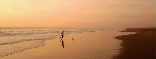 Playa Las Machas is one of Beaches in Arica.