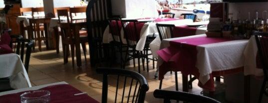 Restaurant Tony's is one of Locais curtidos por Manel.