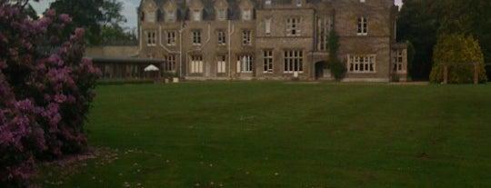 Shendish Manor Hotel & Golf Course Hemel Hempstead is one of Luke'nin Beğendiği Mekanlar.