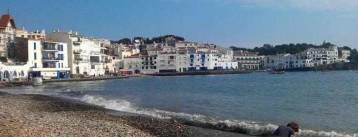 Bar Maritim is one of Terrazeo en la costa catalana.