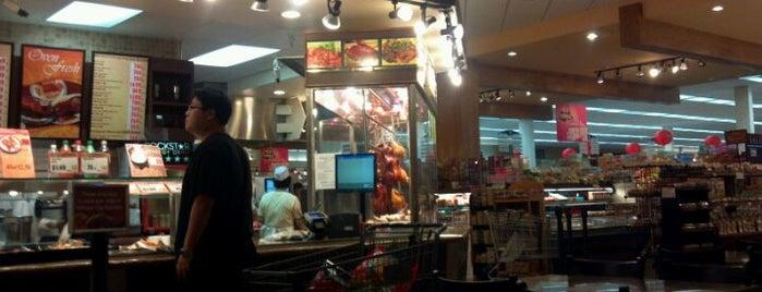 99 Ranch Market 大華超級市場 is one of สถานที่ที่ Alex ถูกใจ.
