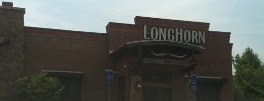 LongHorn Steakhouse is one of Lugares favoritos de Lindsaye.