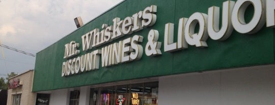 Mr. Whiskers Discount Wines & Liquors is one of Lugares favoritos de Graham.