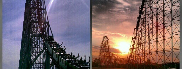Worlds of Fun is one of Tempat yang Disimpan Stephen.