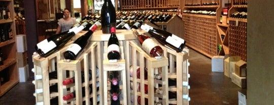 SIP Fine Wines is one of Locais salvos de Chelly.