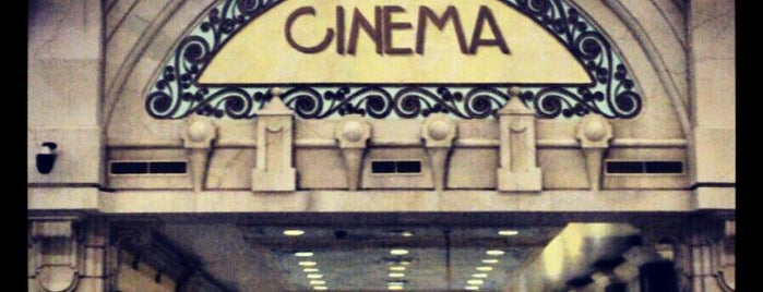 Grand Cinemas is one of Posti che sono piaciuti a 9aq3obeya.