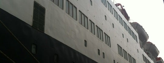 The Terminal 8 is one of Locais salvos de 😎😎😎.