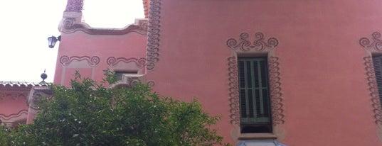 Casa Museu Gaudí is one of Museus de Barcelona.