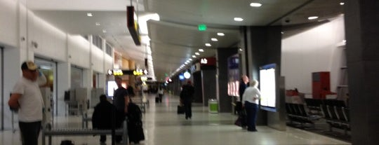 Flughafen Seattle-Tacoma International (SEA) is one of สนามบินนานาชาติ (1).