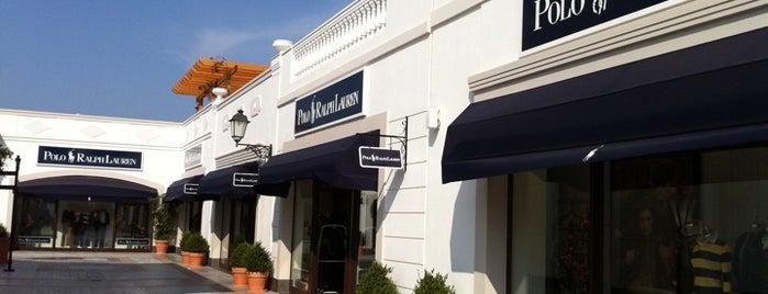 Polo Ralph Lauren is one of Lugares favoritos de Kyriaki.