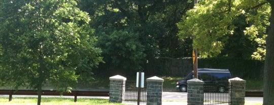 Awbury Arboretum is one of Haoshu : понравившиеся места.