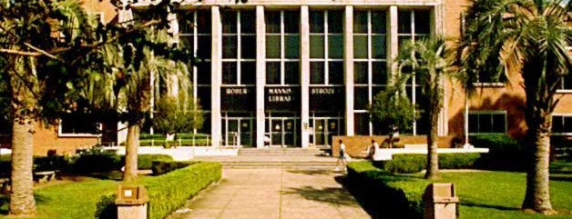 Strozier Library is one of Lugares favoritos de Christian.