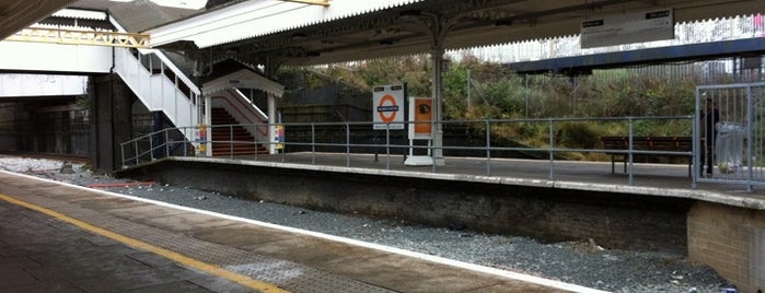 Willesden Junction London Underground and London Overground Station is one of Railway stations visited.