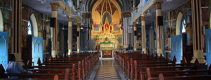 Mount Mary Church (The Basilica of Our Lady of the Mount) is one of Mumbai 2014 LenTom.