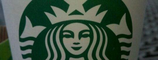 Starbucks is one of Aaron'un Beğendiği Mekanlar.