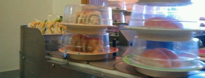 Sushi Train is one of Lugares favoritos de Mark.