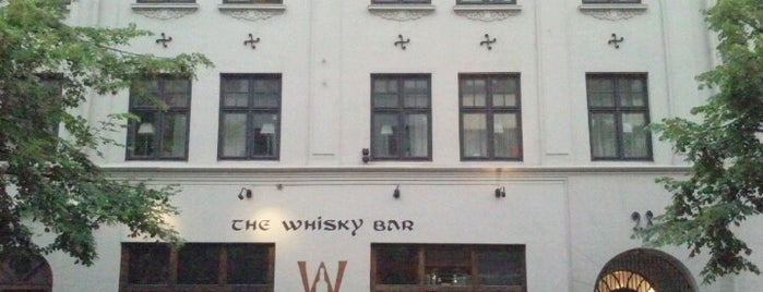 The Whisky Bar is one of สถานที่ที่บันทึกไว้ของ Christina.