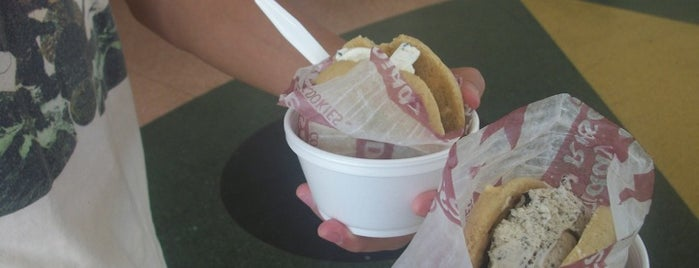 Diddy Riese is one of Must-visit Food in Los Angeles.