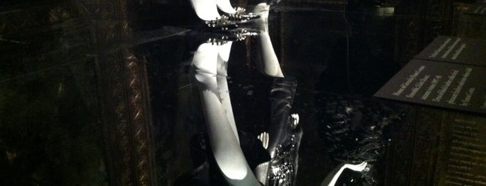 Alexander McQueen: SAVAGE BEAUTY @ the Metropolitan Museum of Art is one of New York Museums & Art Galleries.
