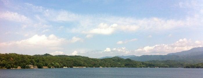 満濃池 is one of 日本の渚百選.