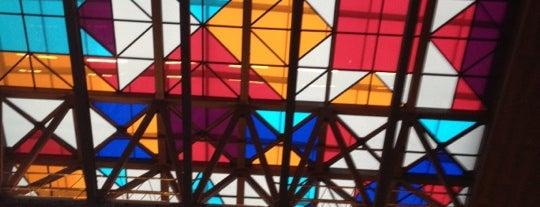 Centro Cultural Gabriela Mistral is one of Arte, Cultura & Entretenimiento.