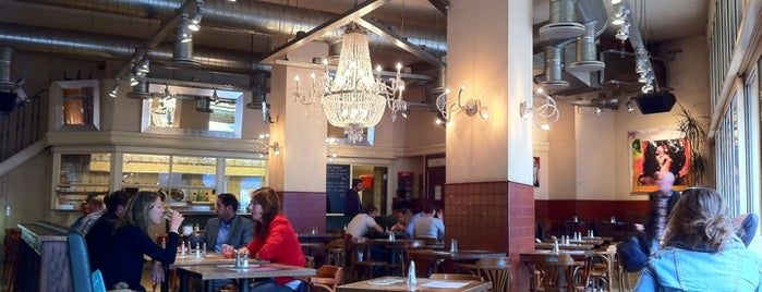 Replay Café is one of Amsterdam.