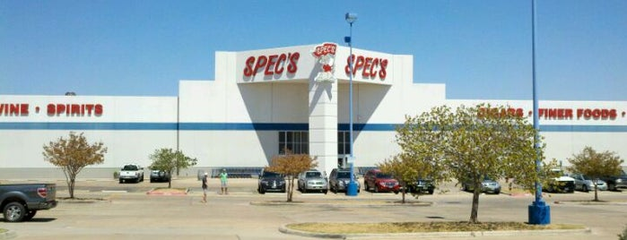Spec's Wine, Spirits and Finer Foods is one of Lugares favoritos de Greg.