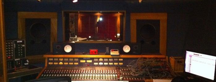 Threshold Recording Studios NYC is one of Locais salvos de Daniel.