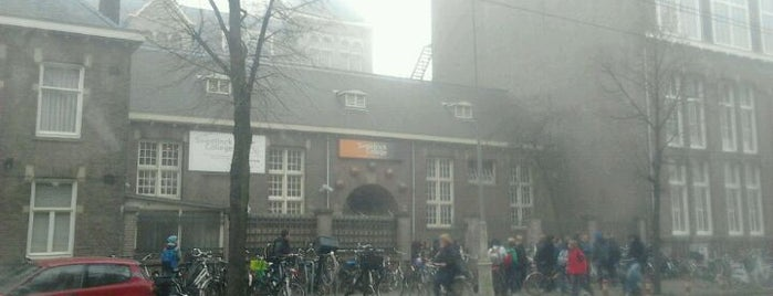 Sweelinck College is one of Alle middelbare scholen van Amsterdam.