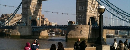 Puente de la Torre is one of Top London attractions.