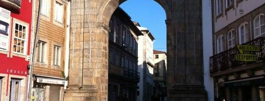 Arco da Porta Nova is one of Braga.